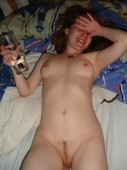 Drug_addicted_nude_cutie