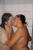 Two_chubby_lesbians_hitting_it