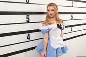 Bonnie-Rotten-%26-Lexi-Belle-Wonderland-w7ccuprf0w.jpg